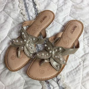 Shoes - Born Leather Metallic Gold Pearl Flip Flops 10